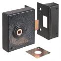 Serrure en applique noire à fouillot - Bec de cane - Axe à 85 mm - Série 526 - DOM