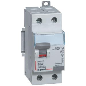 Interrupteur bipolaire DX³ ID - Type AC - 25 A - 2 modules - Connexio vis / vis - Arrivée haut / départ bas - Legrand