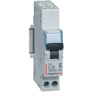 Disjoncteur DX³ 6000 - 10 kA courbe C - 10 A - 1 module - Connexion auto / vis - Legrand